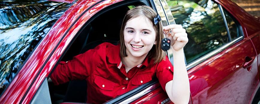 female teen driver
